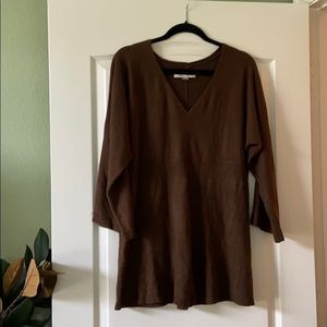 Brown 3/4 sleeve sweater